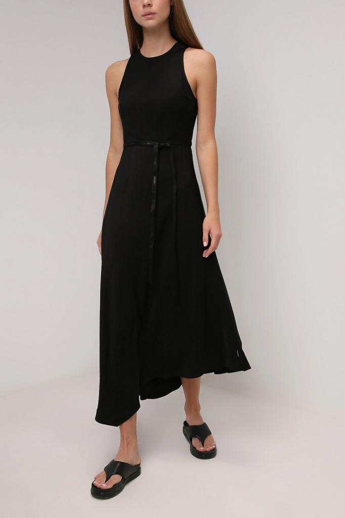 Платье ассиметричного кроя с ремнем