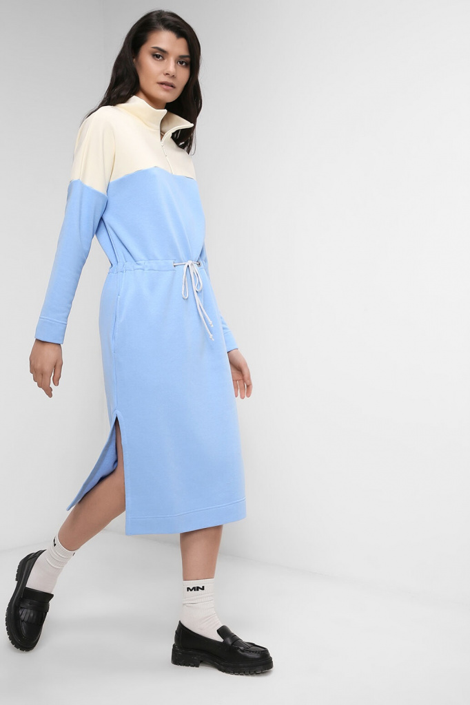 Платье из мягкого джерси на кулиске